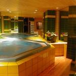 hotel-la-belle-etoile-estate-sauna-jacuzzi
