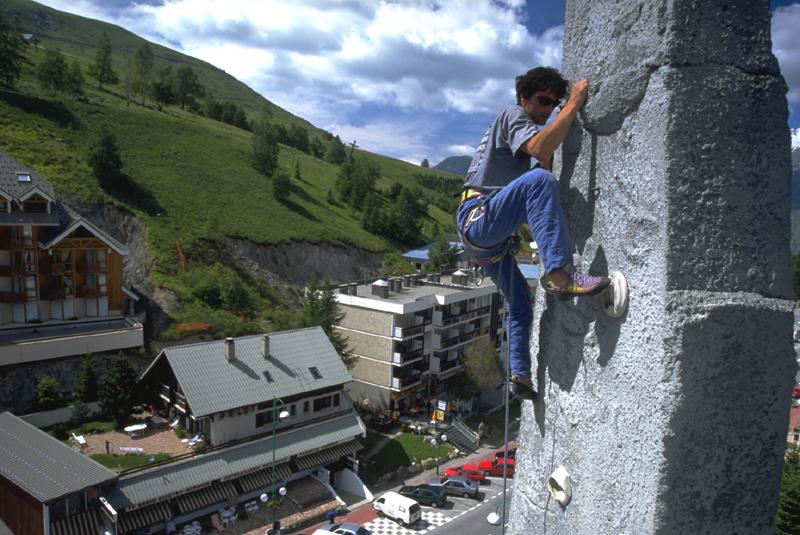 06-Climbing