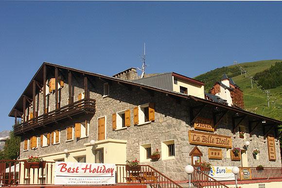 hotel-la-belle-etoile-estate-esterno