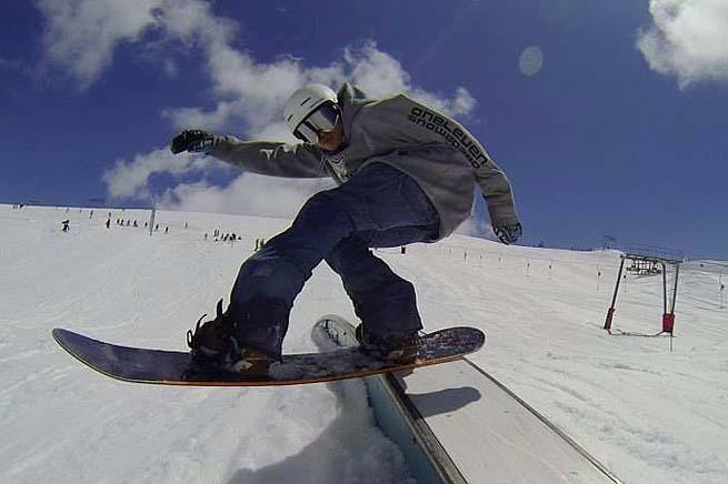 les-deux-alpes-snowboard-00