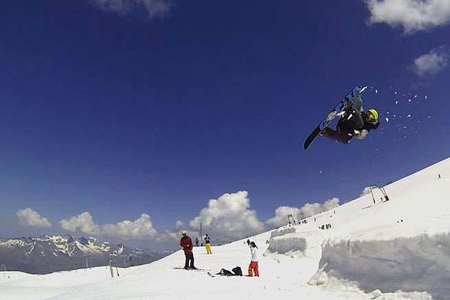 les-deux-alpes-snowboard-01