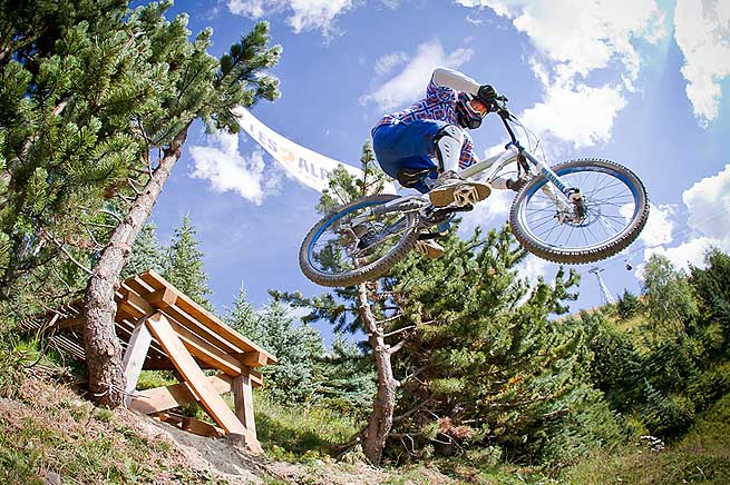 mountain-bike-les-deux-alpes-bestholiday-03
